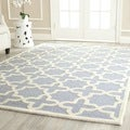 Safavieh Handmade Moroccan Cambridge Geometric-pattern Light Blue/ Ivory Wool Rug (10' x 14')