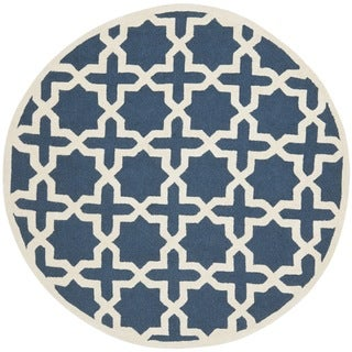 Safavieh Handmade Moroccan Cambridge Navy Blue/ Ivory Wool Rug (8' Round)