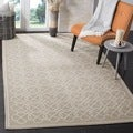 Safavieh Hand-made Chelsea Tan/ Ivory Wool Rug (5'3 x 8'3)