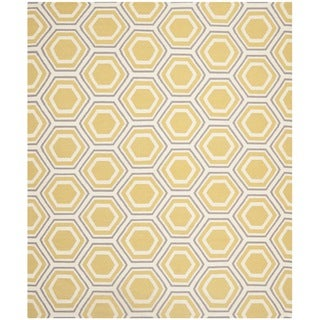 Safavieh Hand-woven Moroccan Reversible Dhurrie Ivory/ Yellow Wool Rug (6' x 9')