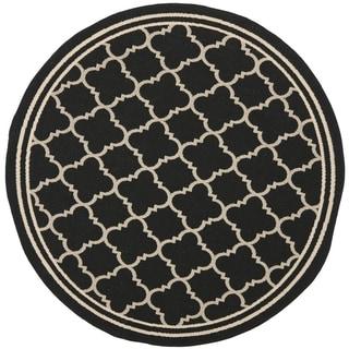 Safavieh Indoor/Outdoor Courtyard Black/Beige Transitional Rug (7'10 Round)