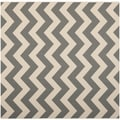 Safavieh Indoor/ Outdoor Courtyard Grey/ Beige Rug (5'3 Square)