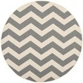 Safavieh Indoor/ Outdoor Courtyard Grey/ Beige Rug (7'10 Round)
