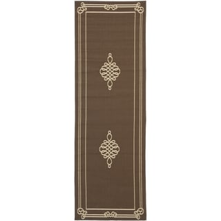 Safavieh Indoor/ Outdoor Courtyard Chocolate/ Cream Rug (2'3 x 6'7)