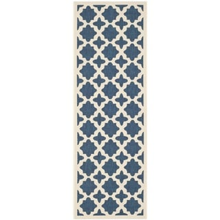 Safavieh Indoor/Outdoor Polypropylene Courtyard Navy/Beige Rug (2'3 x 6'7)