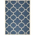 Dhurrie-Style Indoor/Outdoor Courtyard Navy/Beige Area Rug (6'7 x 9'6)
