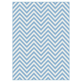 Metropolis Blue and White Chevron Area Rug (5'3 x 7'3)