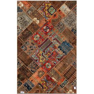 Pak Persian Hand-knotted Patchwork Multi-colored Wool Rug (6'4 x 9'11)
