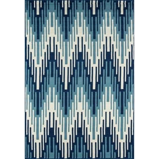 Indoor/Outdoor Blue Ikat Rug (5'3 x 7'6)