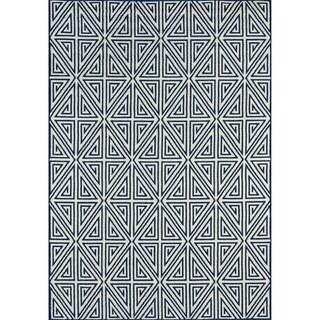 Indoor/ Outdoor Navy Diamonds Rug (1'8 x 3'7)