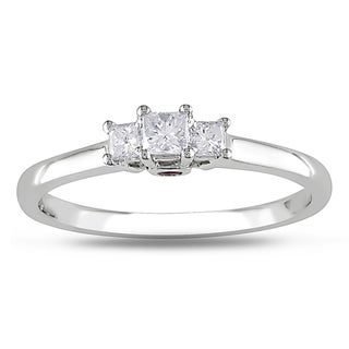 Miadora 14k White Gold 1/4ct TDW Diamond 3-stone Ring (G-H, I1-I2)