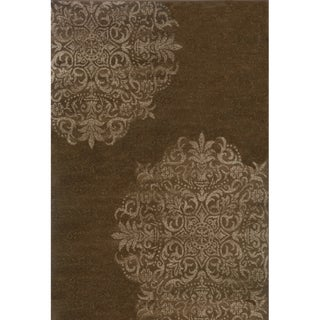 Stamped Medallion Brown/ Stone Rug (6'7 x 9'6)