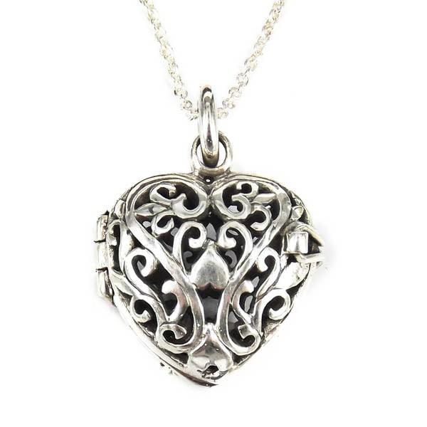 Handmade  Sterling Silver Romantic Filigree Heart Locket Necklace (Thailand) 11253453