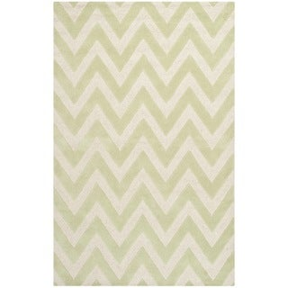 Safavieh Handmade Moroccan Cambridge Chevron Light Green Wool Rug (6' x 9')