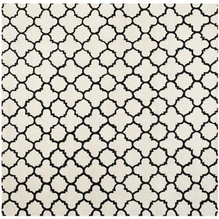 Safavieh Handmade Moroccan Chatham Ivory Wool Lattice-Patterned Rug (7' Square)