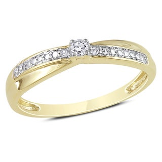 Miadora 10k Yellow Gold Diamond Promise Ring