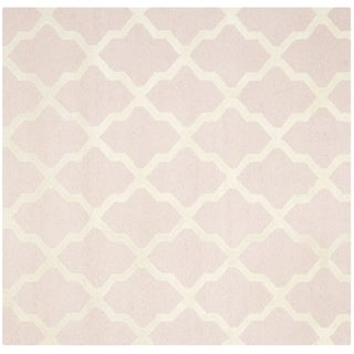 Safavieh Handmade Moroccan Cambridge Light Pink/ Ivory Wool Rug (4' Square)