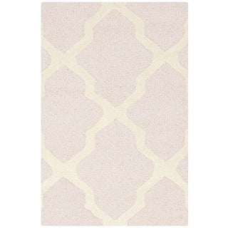 Safavieh Handmade Moroccan Cambridge Light Pink/ Ivory Wool Rug (2'6 x 4')