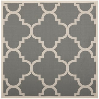 Safavieh Indoor/ Outdoor Courtyard Gray/ Beige Polypropylene Rug (7'10 Square)