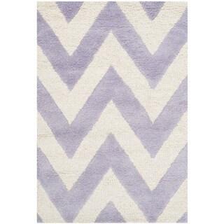 Safavieh Handmade Moroccan Cambridge Chevron Lavender Wool Rug (2' x 3')