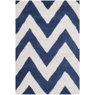 Safavieh Handmade Moroccan Cambridge Chevron Navy Wool Rug (2' x 3')