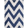 Safavieh Handmade Moroccan Cambridge Chevron Navy Wool Rug (2'6 x 4')
