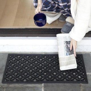 Circle Chains Recycled Rubber Doormat