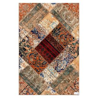 Pak Persian Hand-knotted Patchwork Multi-colored Wool Rug (4'1 x 6'3)