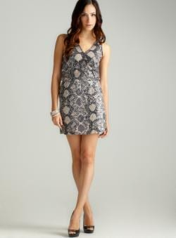 ROMEO&JULIET COUTURE Sequin Skin Print Vneck Dress