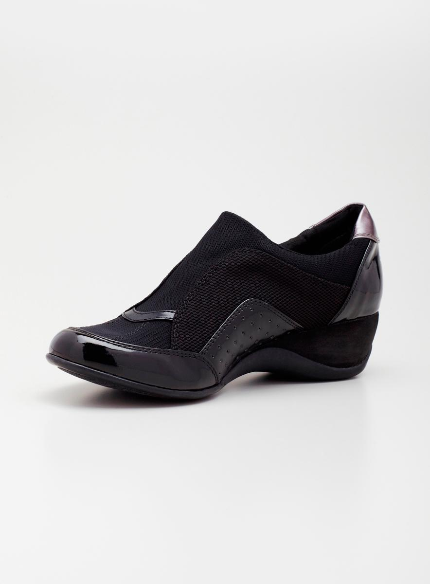DKNY Slipon Wedge A
