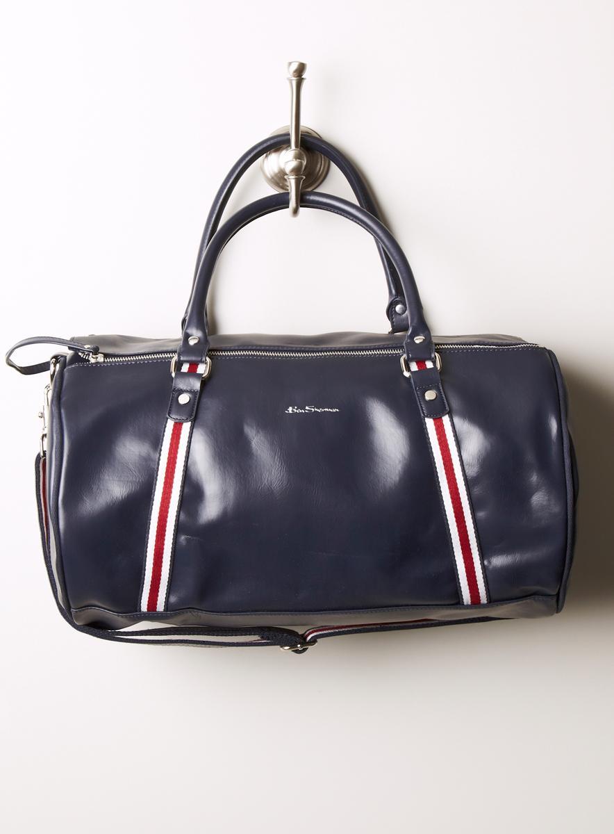 Ben Sherman Mens Iconic Barrel Bag