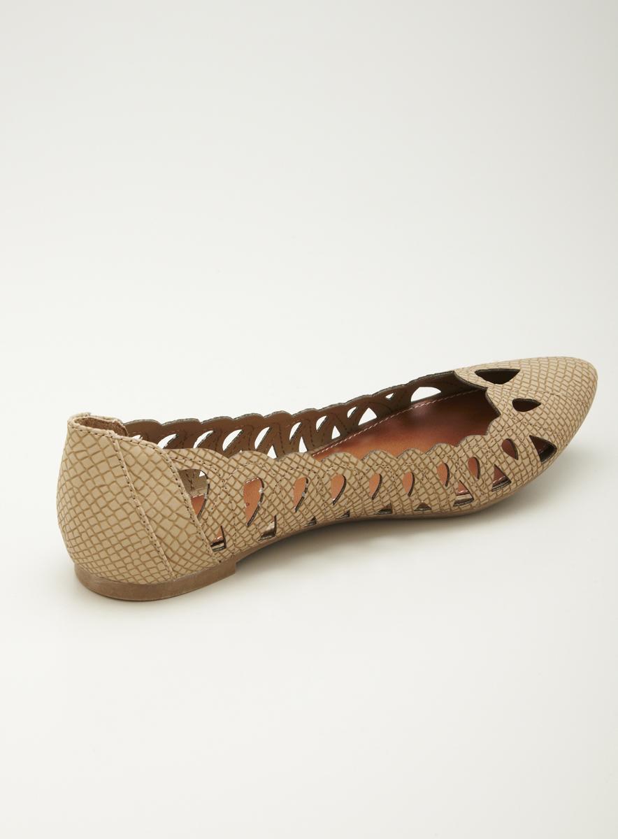 MIA Nomad Pointy Toe Flat Skimmer