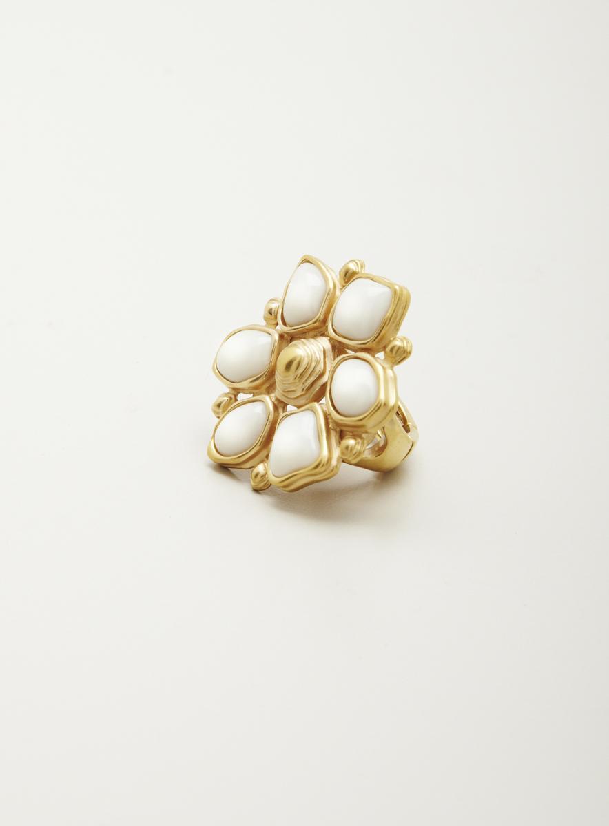 T Tahari Flower Ring
