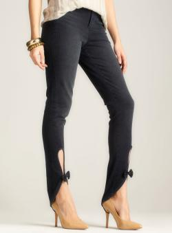 BCBGeneration Pull On Jegging W/Bow
