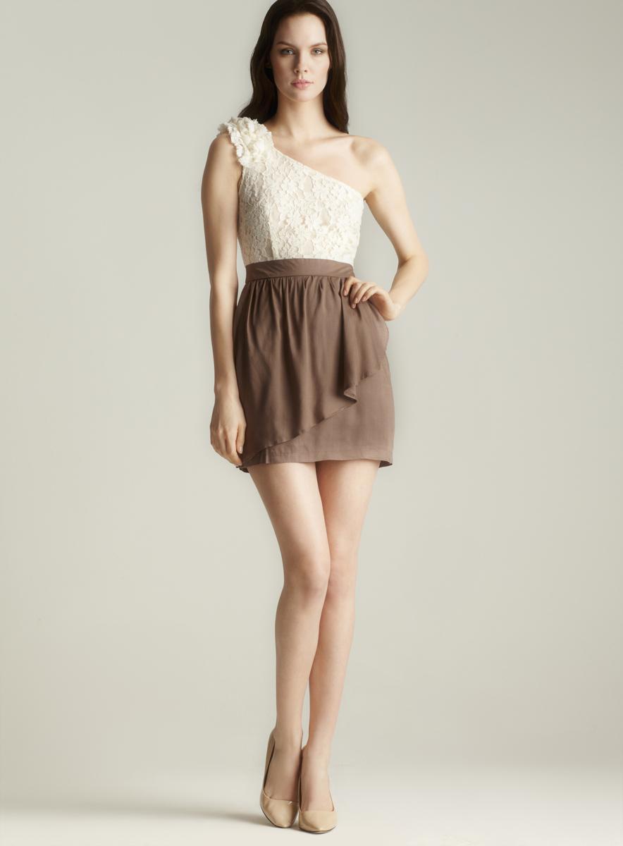 Lola One Shoulder Lace Dress