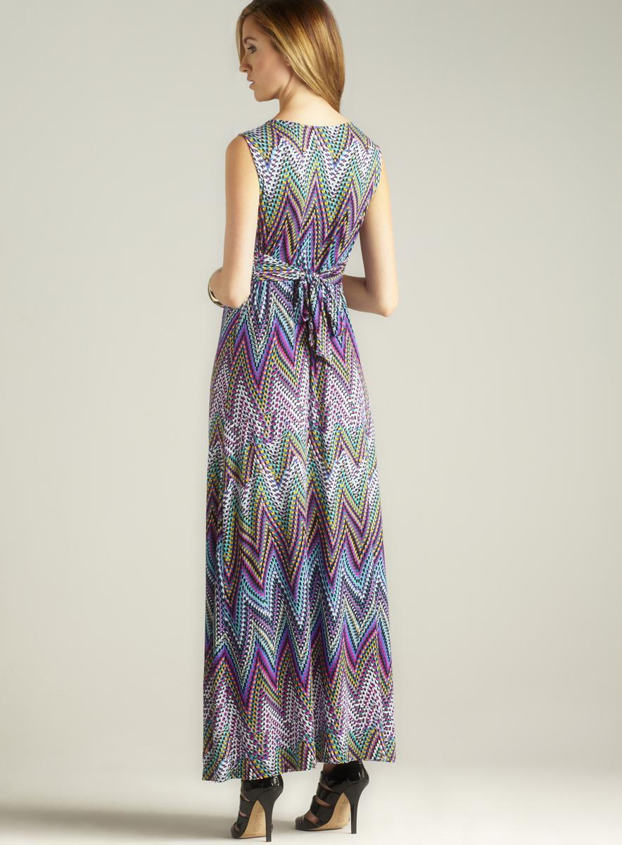 Chelsea & Theodore Tie Back Ruched V-neck Maxi Dress