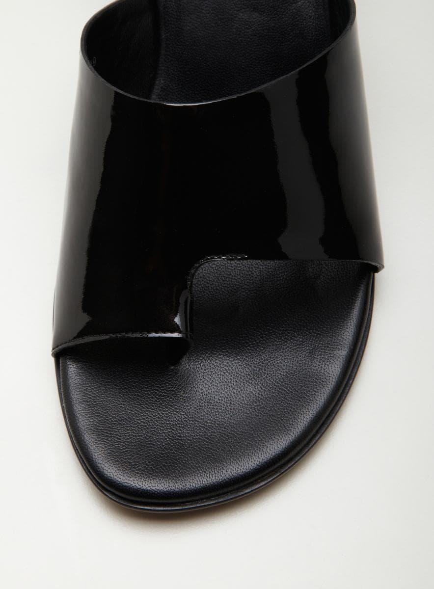 Donald J Pliner Velda Toe Ring Sandal