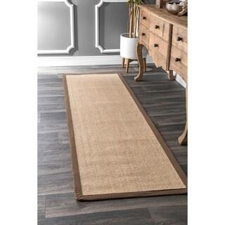 nuLOOM Natural-fiber Cotton-border Sisal Herringbone Runner Rug (2' 6 x 8')