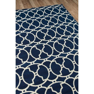 Indoor/Outdoor Navy Morrocan Tile Rug (6'7 x 9'6)