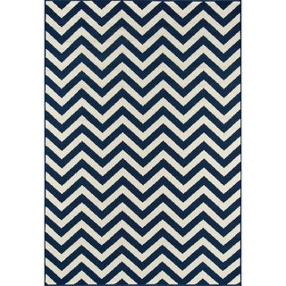 Chevron Navy Indoor/ Outdoor Rug (8'6 x 13')