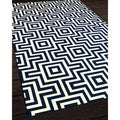 Retro Navy Indoor/ Outdoor Rug (3'11 x 5'7)