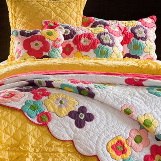 Kamila Flower Quilt and Sham Separates