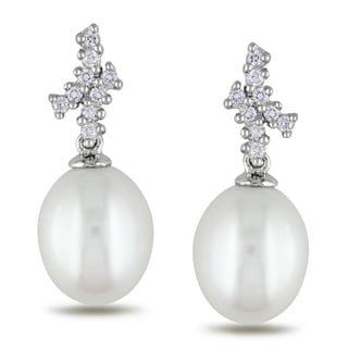 Miadora 14k White Gold 1/6ct TDW Diamond and Pearl Earrings (G-H, SI1-SI2)