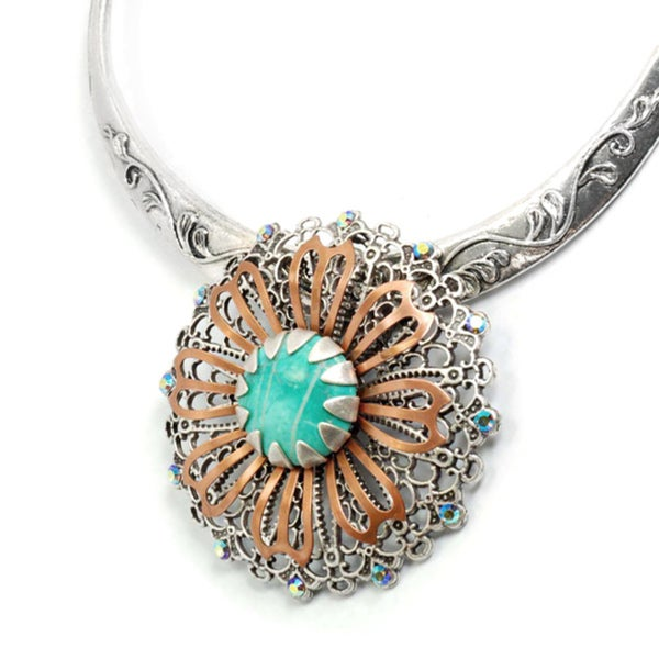Sweet Romance Two-tone Glass Desert Flower Collar Necklace
