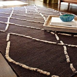 Handcrafted Lennon Turkish Coffee Wool Rug (5'0 x 7'6)