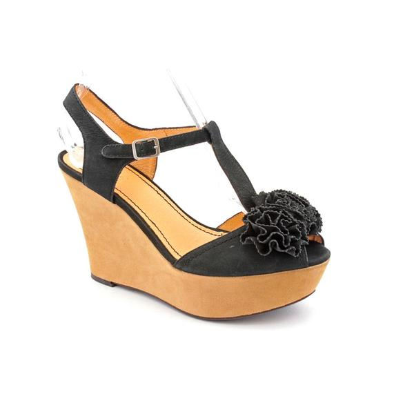 Nicole Women's Black 'Abloom' Regular Suede Sandals