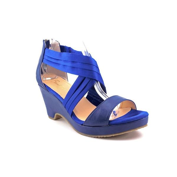 Beacon Women's 'Alana' Fabric Sandals - Wide