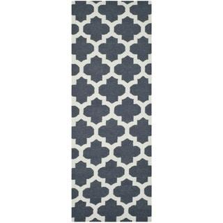 Safavieh Hand-woven Moroccan Reversible Dhurrie Blue Wool Rug (2'6 x 7')