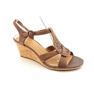 Clarks Women's 'Miami Beach' Leather Sandals