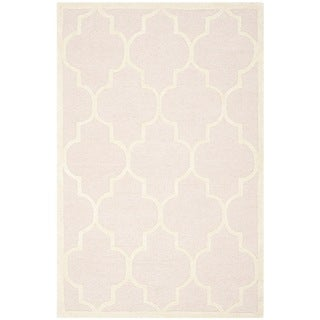Safavieh Handmade Moroccan Cambridge Light Pink/ Ivory Wool Rug (3' x 5')